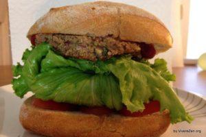 Foto con Panino con hamburger vegan