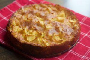 torta di mele e nocciole ricetta 300x200